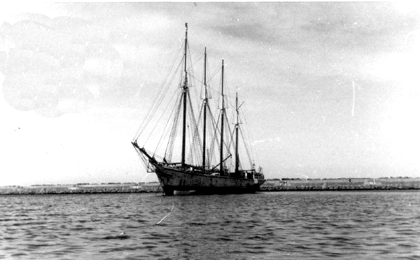 Foto 1 Nave Sara I 1937